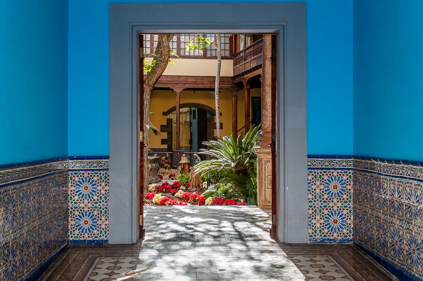 Tiled entry in the historic Casa de los Capitanes Generales in La Laguna