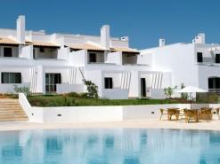 Portuguese resort in a treasured spot