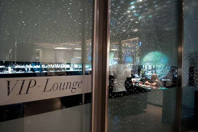 VIP's are well catered for in the Swarovski Kristelwelten shop
