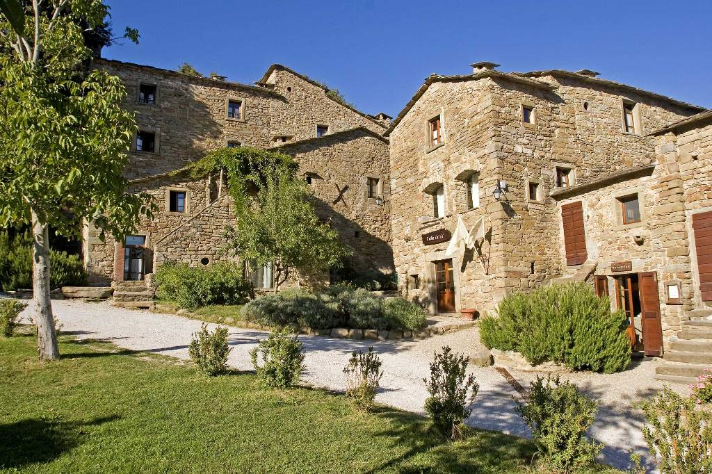 Italian property Borgo Di Vagli is one of 190 properties in The Registry Collection