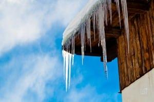 Icicles at Orso Bianco, Sauze, ski lesson