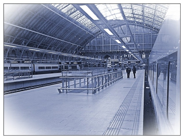 Departure on the ski train (well, starting with Eurostar) from London St Pancras