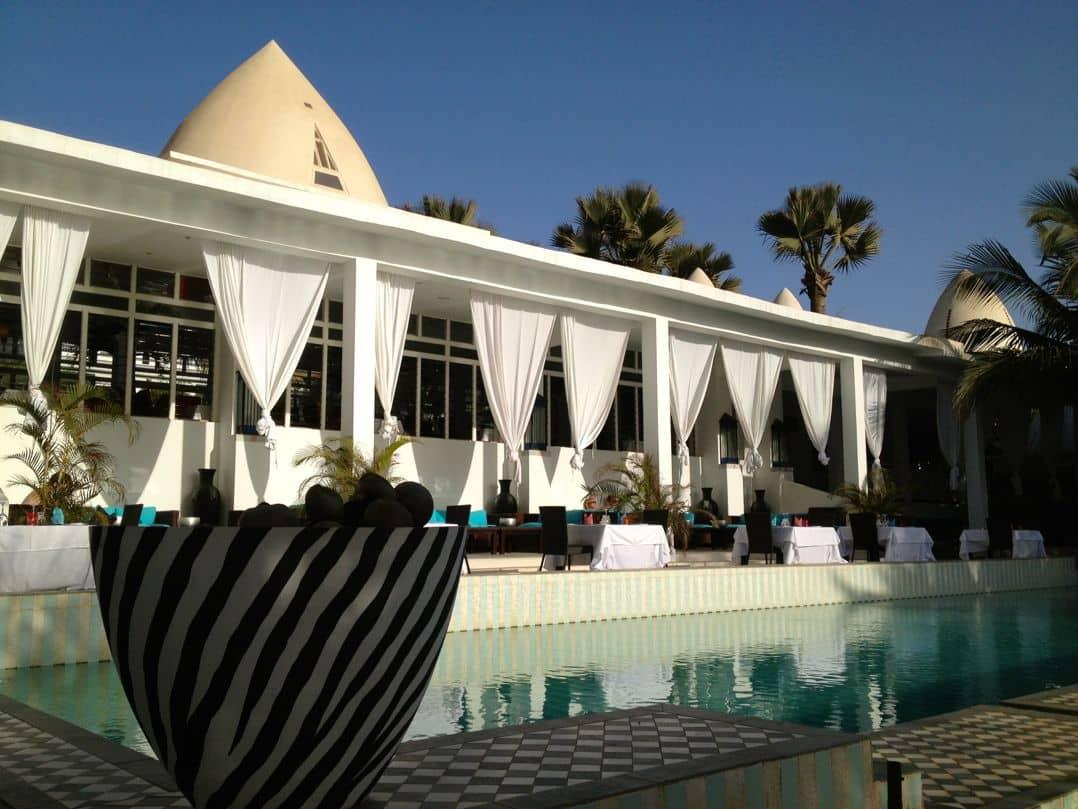 Pool and pool bar at Coco Ocean Resort & Spa