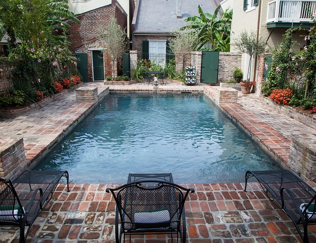 Swimming pool at Audubon Cottages