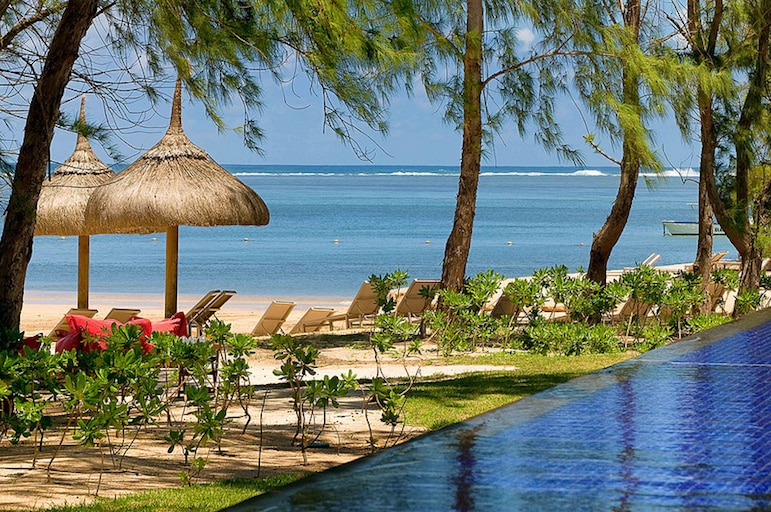 A tip for every smart traveller | pic: Sofitel Mauritius