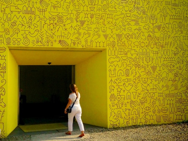 Capture the colour yellow