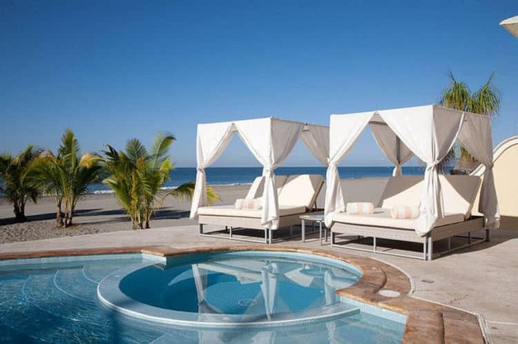 How to travel to Puerto Vallarta - Casa Velas Hotel