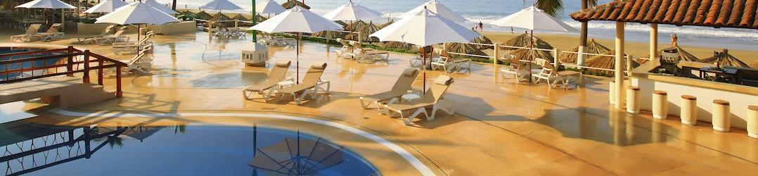How to travel to Puerto Vallarta - Krystal Ixtapa pool and beach