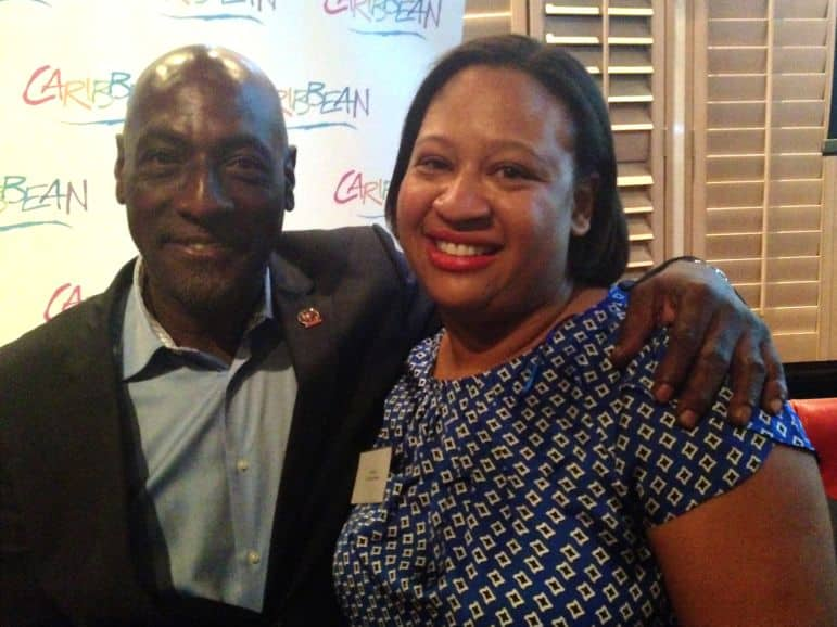 Sarah couldn't resist saying hello to Viv Richards who congratulated her on her award