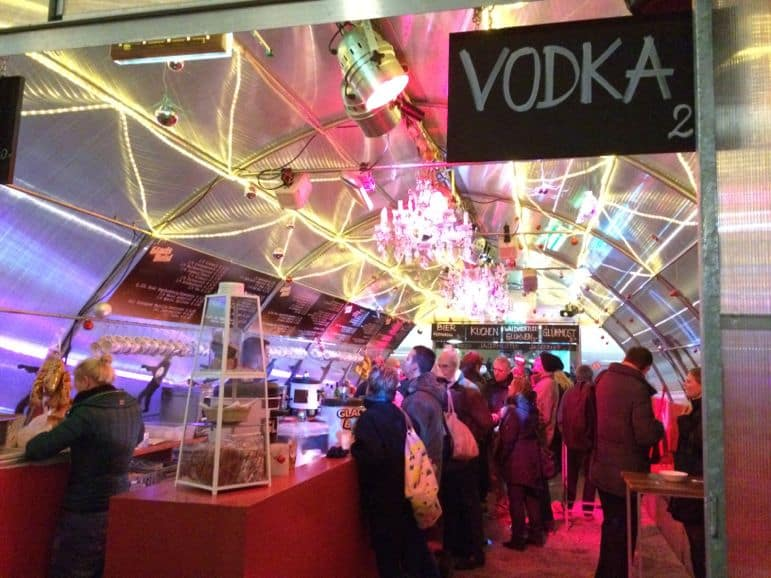 Christmas in Vienna - an igloo bar, in the MuseumsQuartier