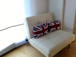 HouseTrip apartment in London copy