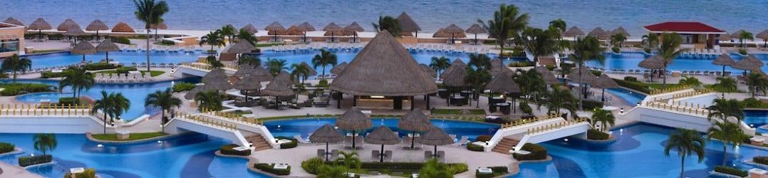 Swimming pools at the Moon Palace Hotel