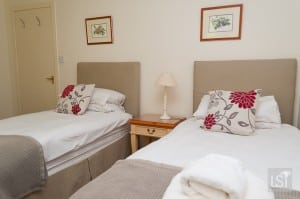 Twin room at Quarry Cottage, Melfort Village
