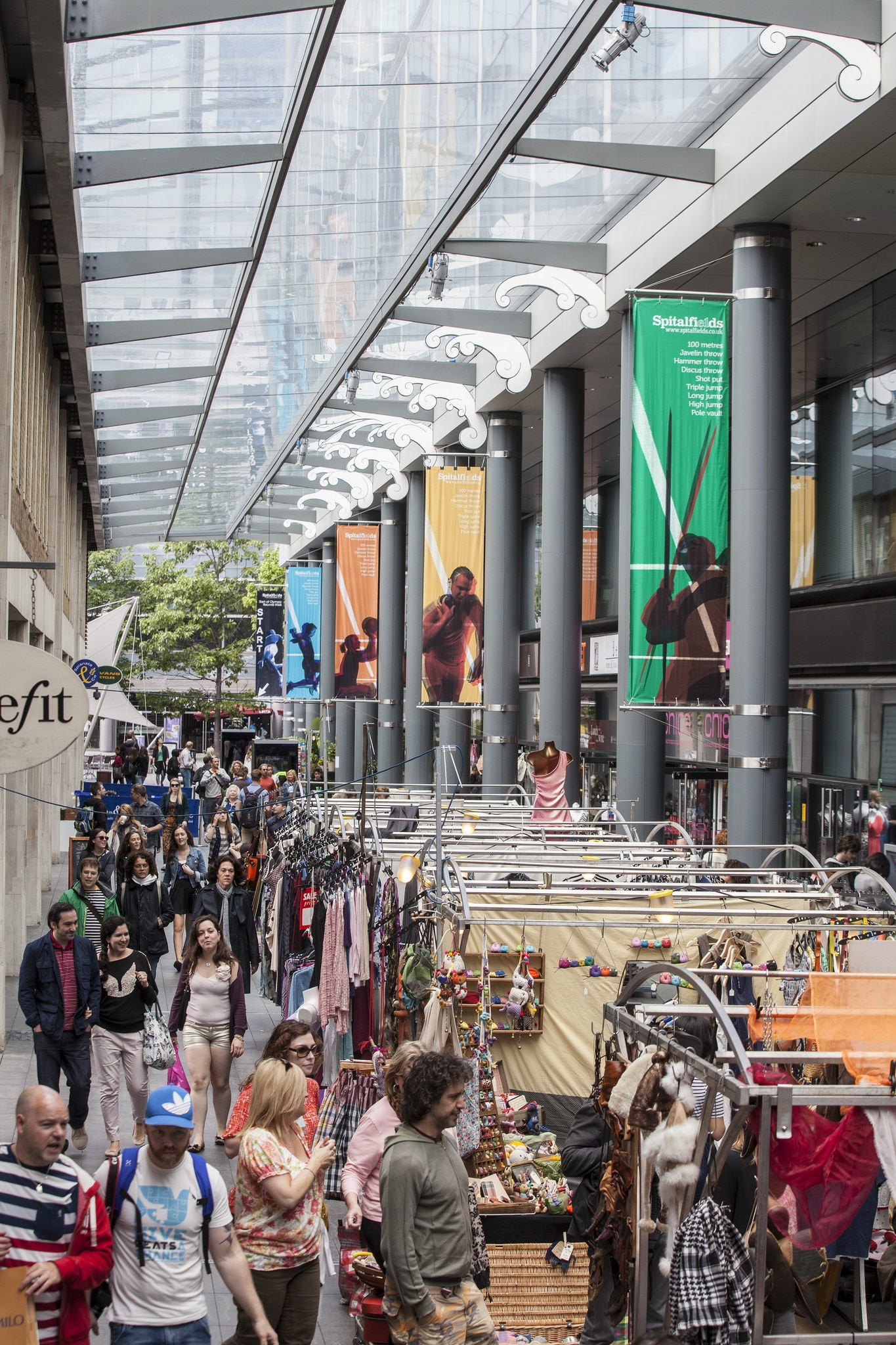 Places to go in London - Spitalfields Market has a great selection of stalls and shops