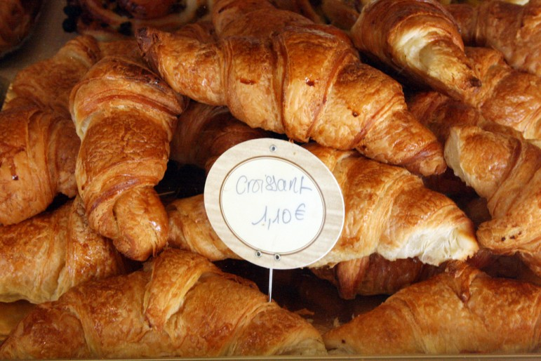 Places to go in Paris - indulge in some delicious French cuisine