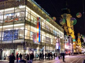 Austrian Christmas markets and Linz's generations