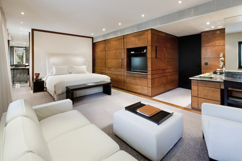 Places to stay in London - Deluxe Room at The Halkin by Como