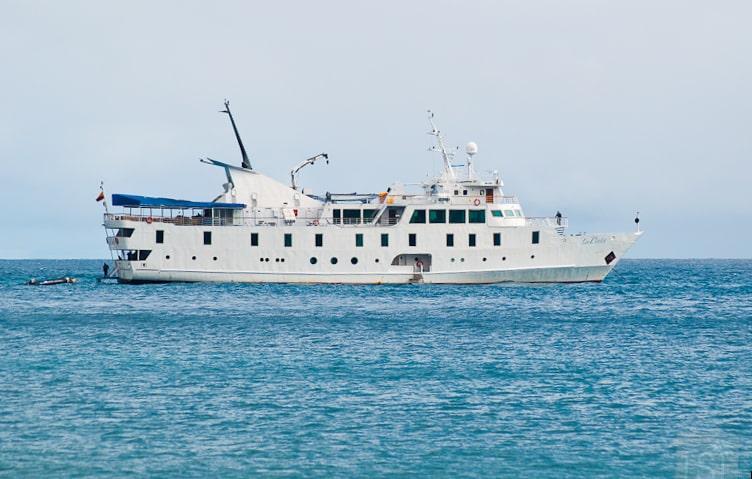 The yacht La Pinta