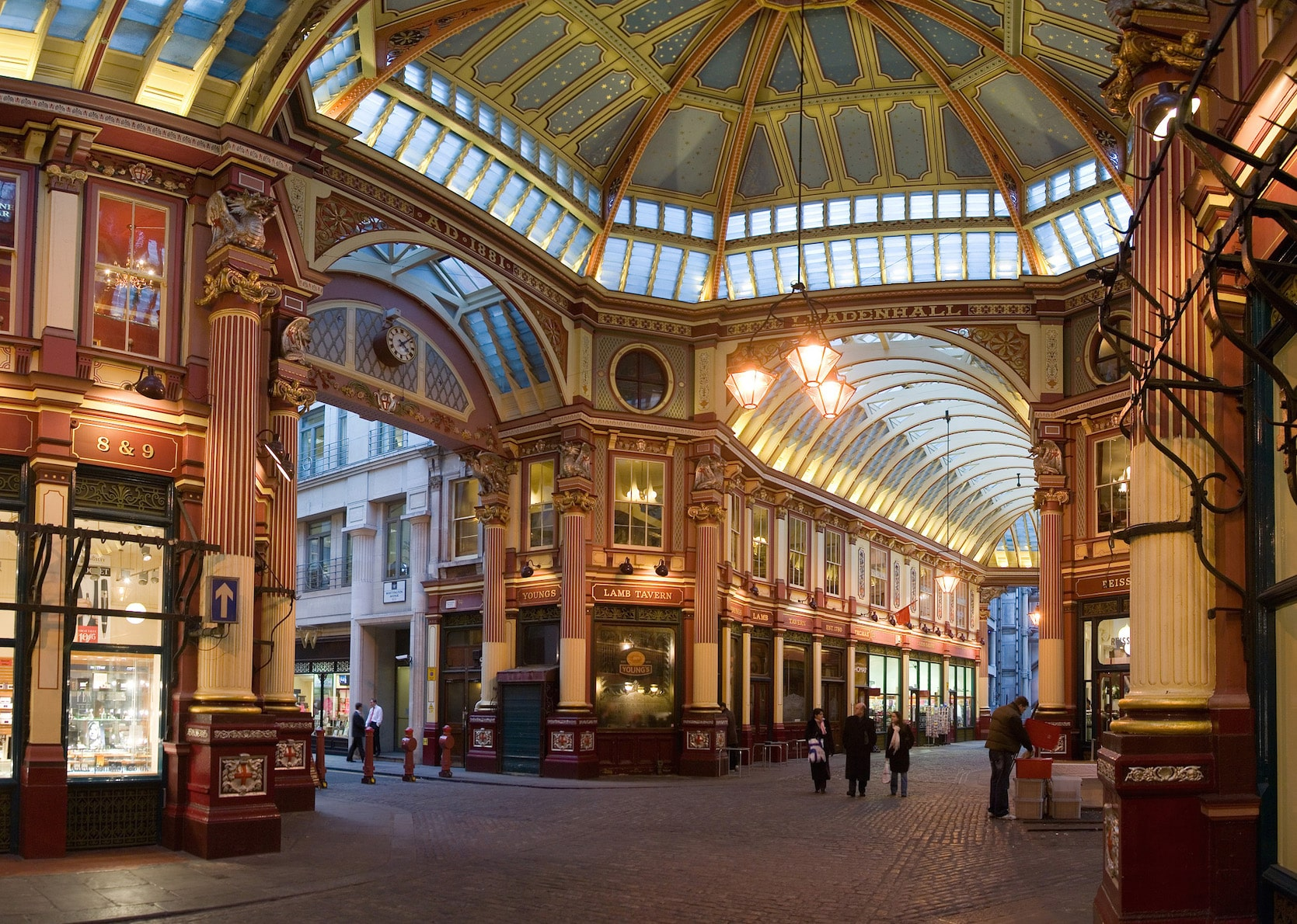 Places to visit in London - Leadenhall Market | pic Dilif