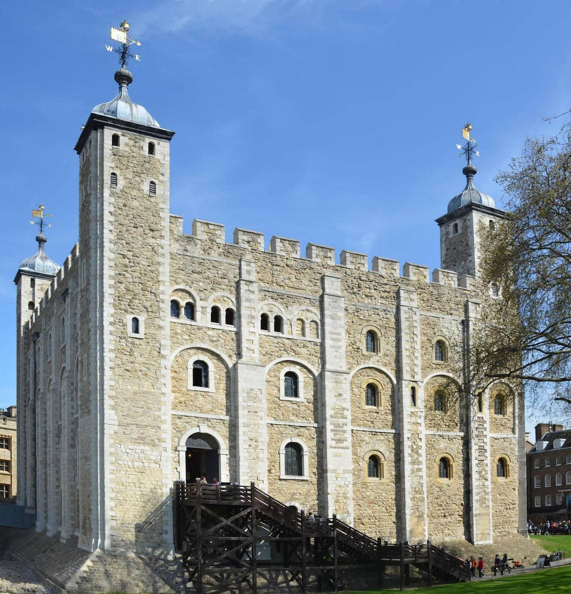 Places to visit in London - the Tower of London's White Tower | pic xiquinhosilva, Flickr