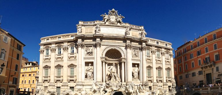 Romantic places to go - the Trevi Fountain in Rome