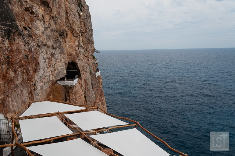 Cave bar Cova d'en Xoroi