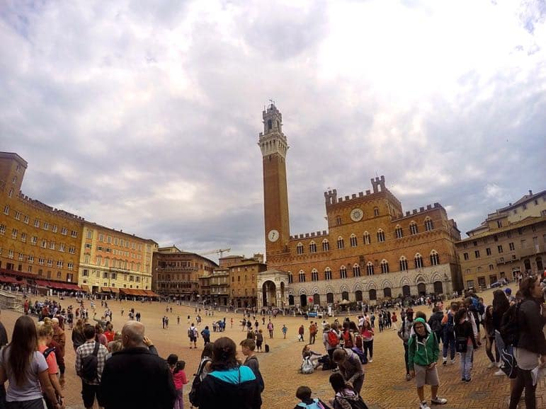 Places to go in Tuscany - Il Campo in Siena