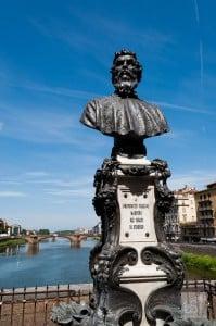 Statue of Benvenuto Cellini on the Ponte Vecchio, Florence