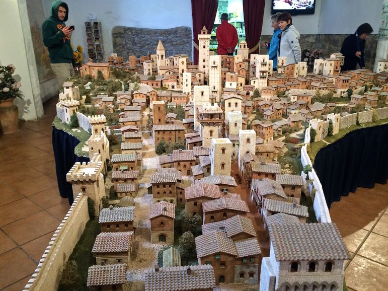 Things to do in Tuscany - view the model of ancient San Gimignano