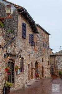 Things to do in Tuscany - visit San Gimignano