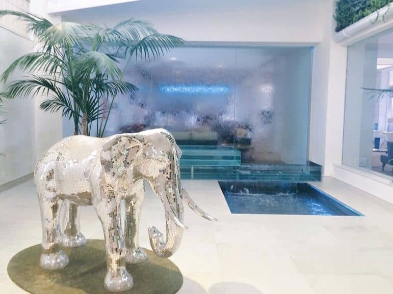 Mirrored elephant at the Amàre Marbella Beach Hotel