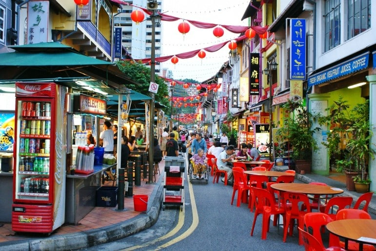 Chinatown, one of our favourite places to go in Singapore for local eats | pic: Khalzuri Yazid