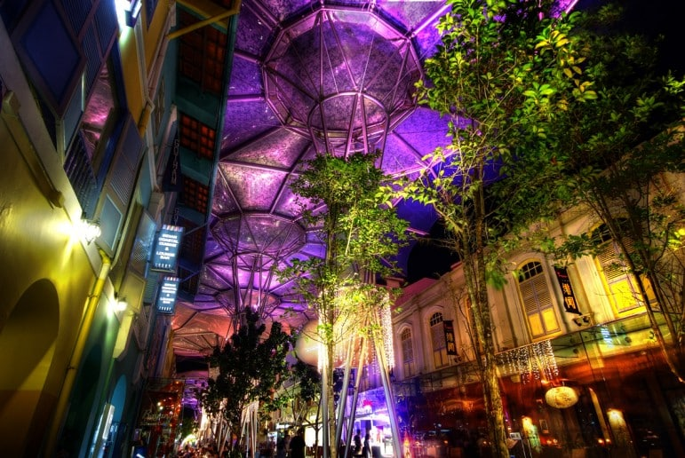 Places to go in Singapore - Clarke Quay, the place to be after dark in Singapore | pic: William Cho
