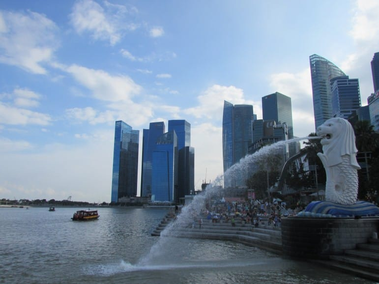 Merlion Park, Singapore - photo by Lisa Robinson