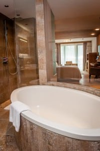 Bathroom at Das Central hotel