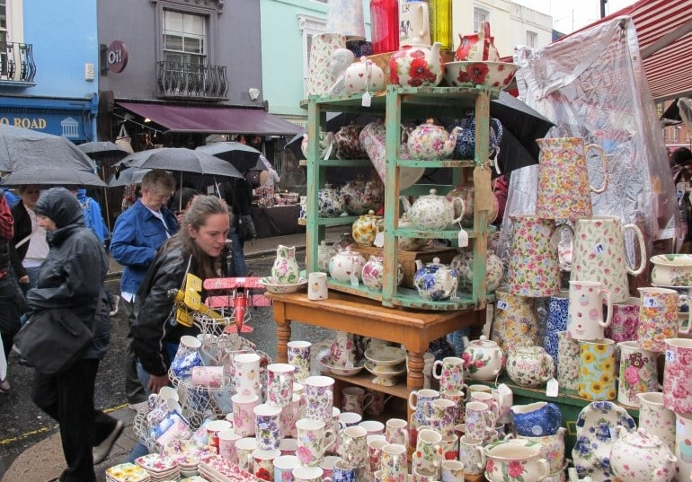 Portobello Market where even rain can't dampen people's spirits I Pic Rain Rabbit