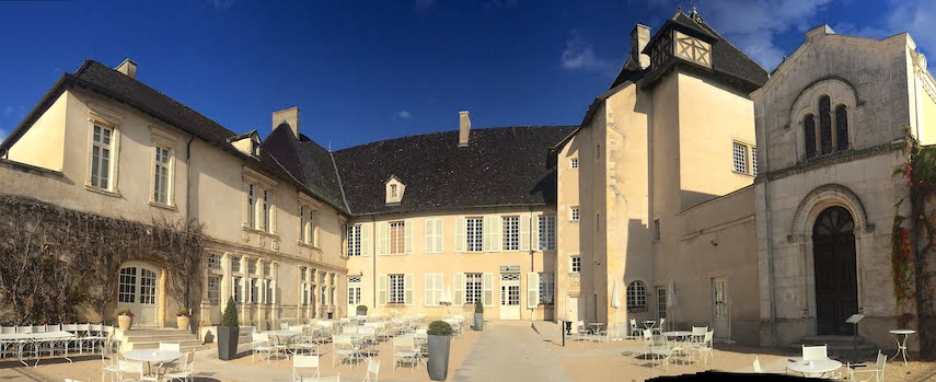 Château de Pizay is a place to stay for Beaujolais Nouveau Day