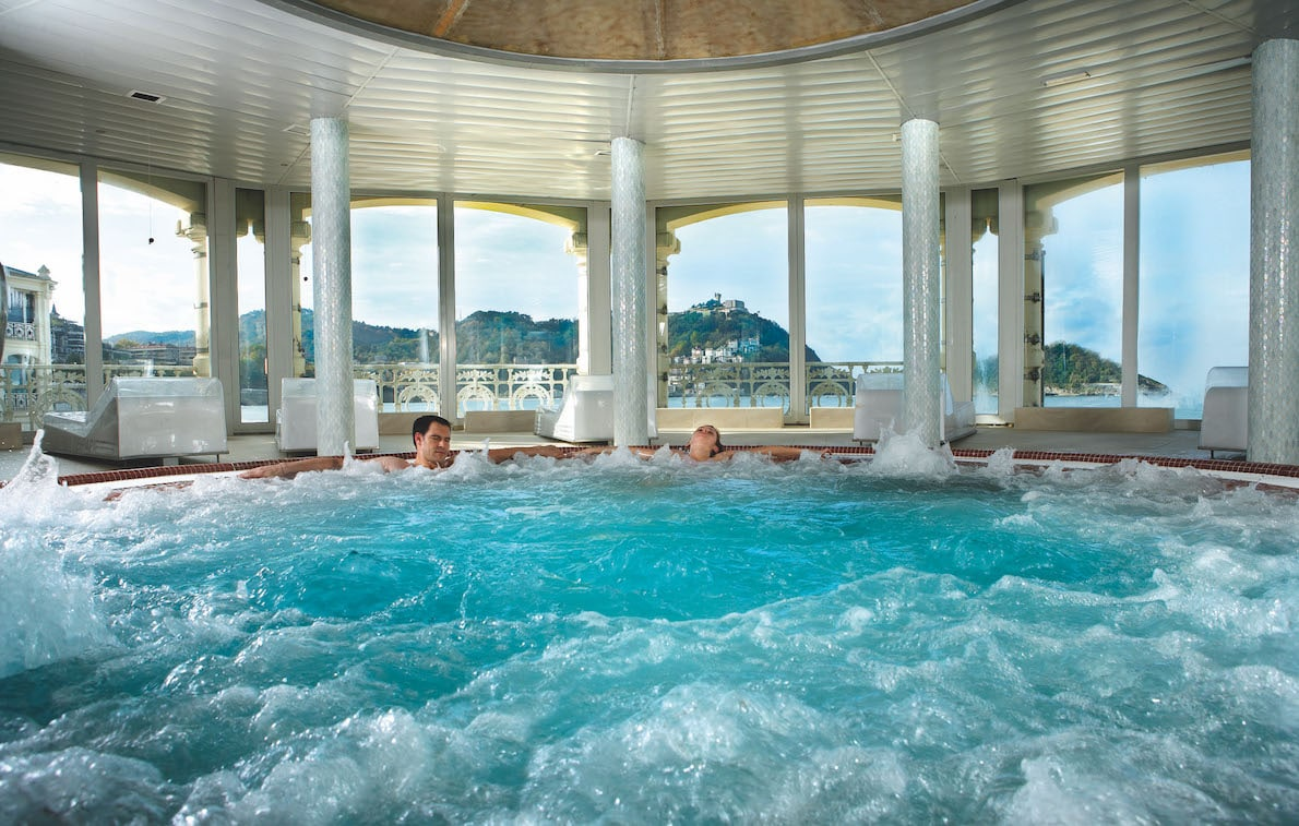 La perla spa in san sebastian wellness and culture rest easy - Spa zarautz ...