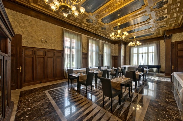 The Platinum Palace hotel oozes luxury, perfect if you are looking for somewhere opulent to stay in Wroclaw
