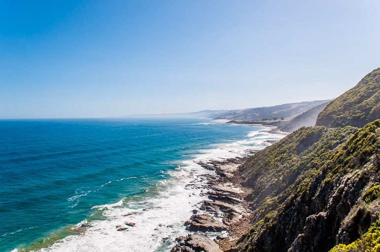Melbourne to the Great Ocean Road itinerary - cliffside views