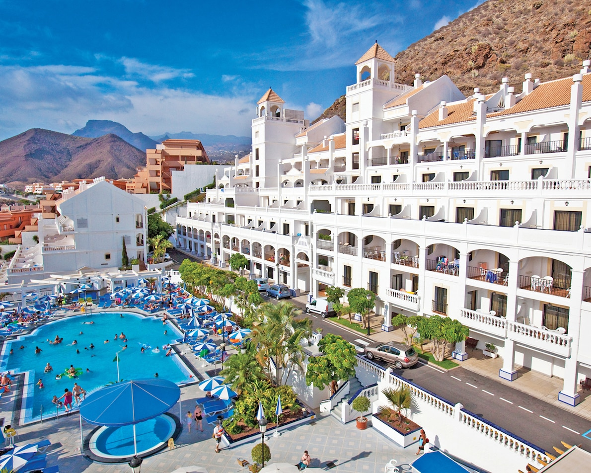 Seven Tips To Make Family Holidays Fun For Everyone - 12 safety tips for your tenerife holiday