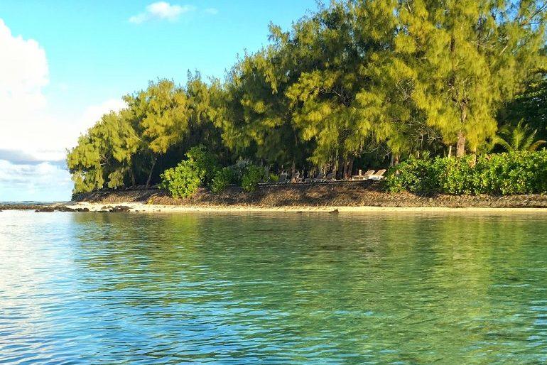 Approaching Mauritius beaches