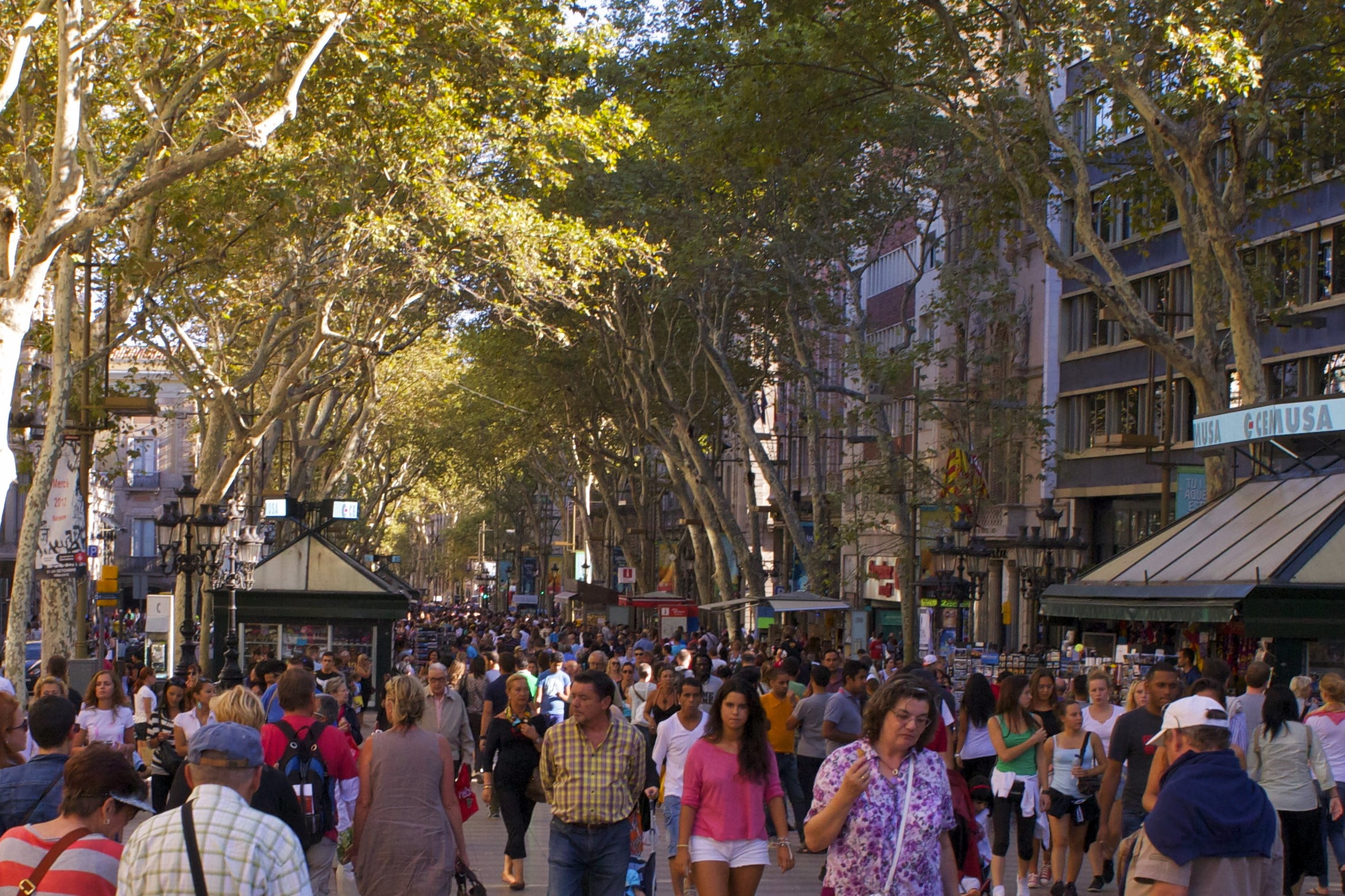 Barcelona travel tips - Las Ramblas is a key tourist area for shopping and restaurants, but also draw pickpockets so stay vigilant on your travels