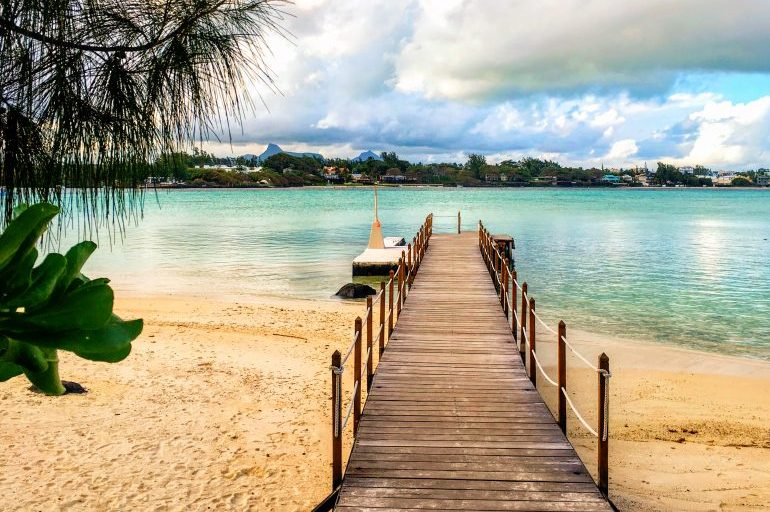 Pier of Iles Des Deux Cocos - perfect for a desert island feel