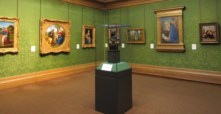 The Scottish National Gallery on the Mound features a huge collection of art from renaissance to impressionism