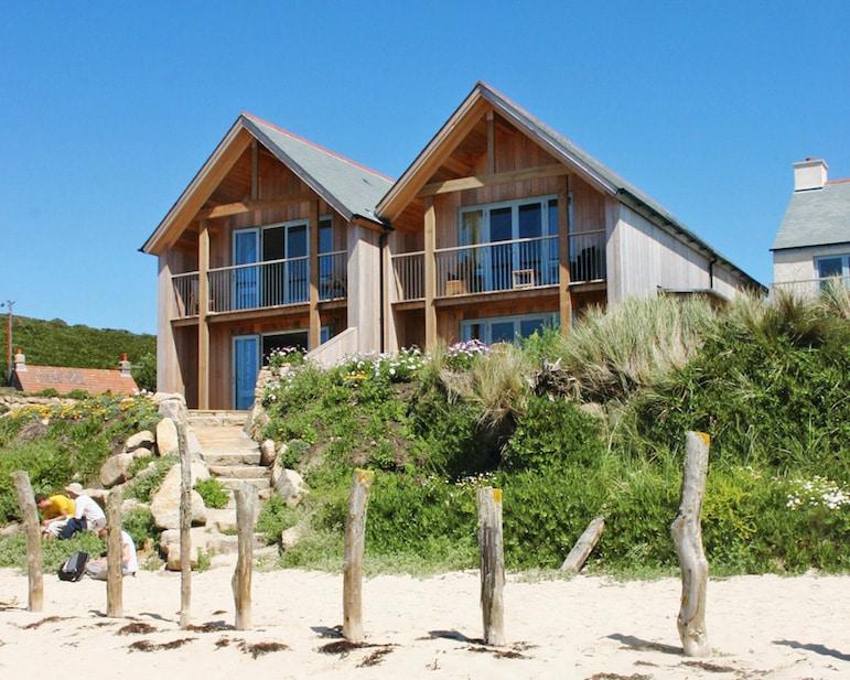 Beach side accommodation on Tresco island