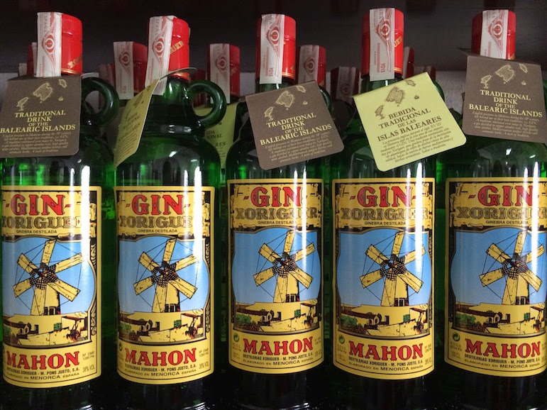 Things to do in Menorca - shop for local gin