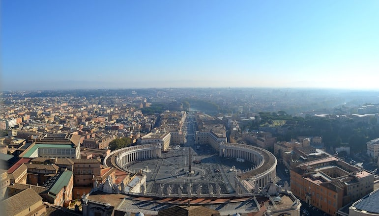 Landmarks around the world - for the best views of Rome, head for the top of St Peter's Basilica