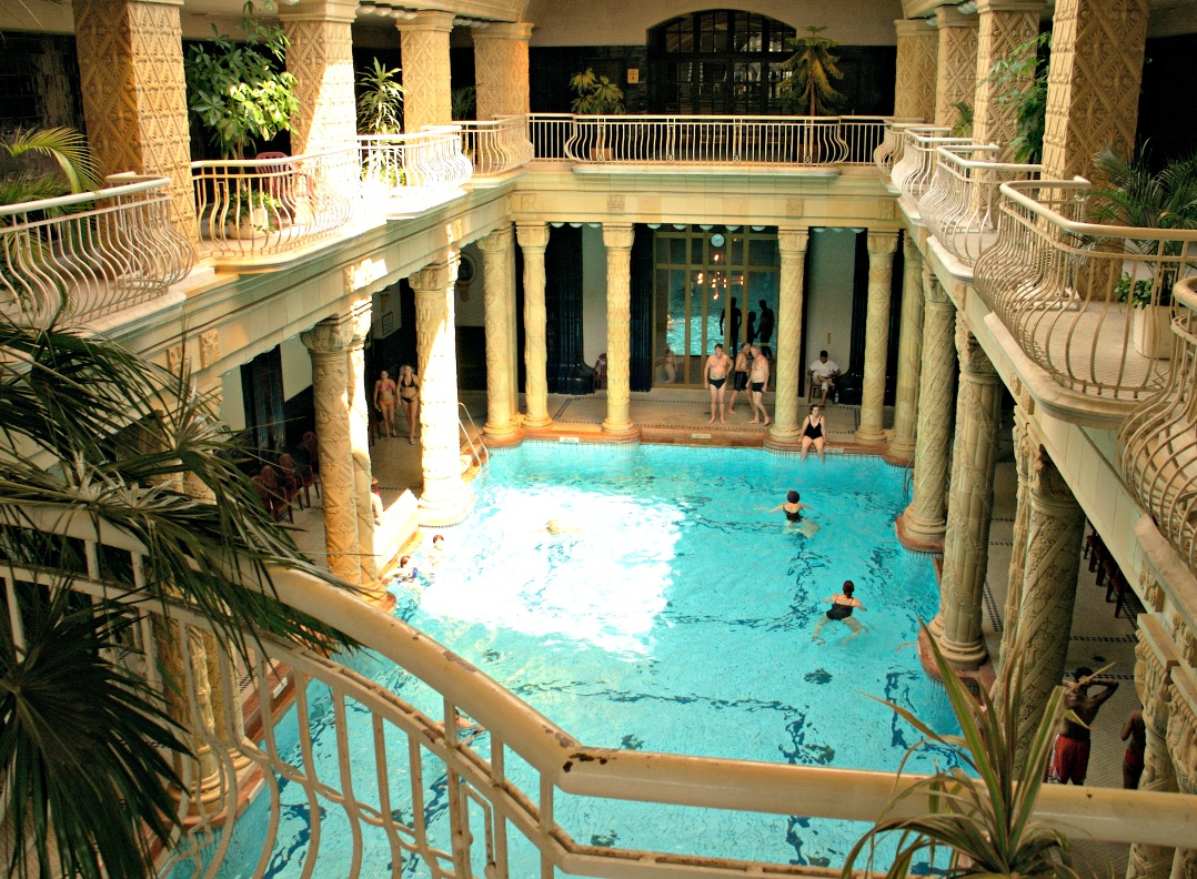 Gellert thermal baths Budapest / credit: Flickr Sandra Cohen (http://bit.ly/2c7pfgA)