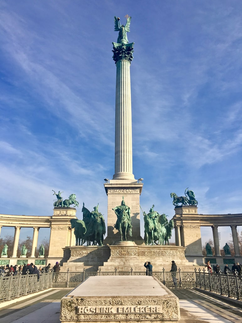 Places to go in Budapest - Heroes Square